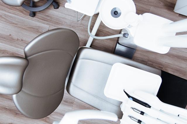 chair-2589771_640